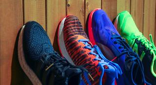 TOPX | 软实力,硬碰硬:四款主流入门中底跑鞋横评