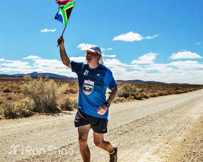 Eddie Izzard 27天跑27场马拉松