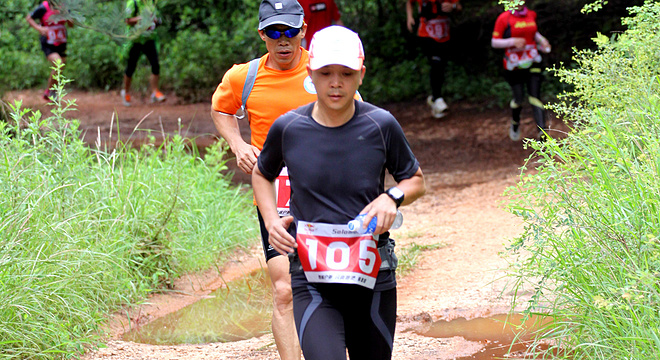 Salomon昆明长虫山半程山地马拉松