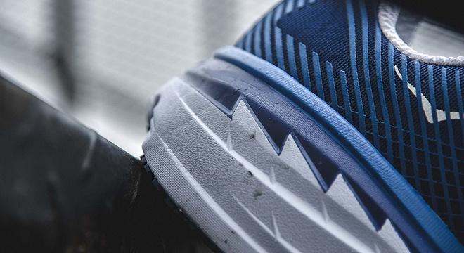 开箱 | HOKA ONE ONE BONDI 5 史上最强缓冲路跑鞋驾到