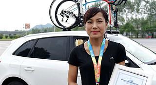 """骑车仅一年,她轻松赢得黄山至上海""""马自骑""""大赛"""