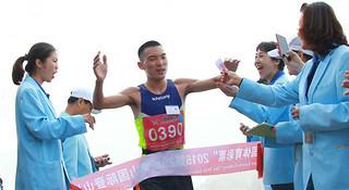 中国跑者 | 李子成,中国最成功的马拉松跑者(上)