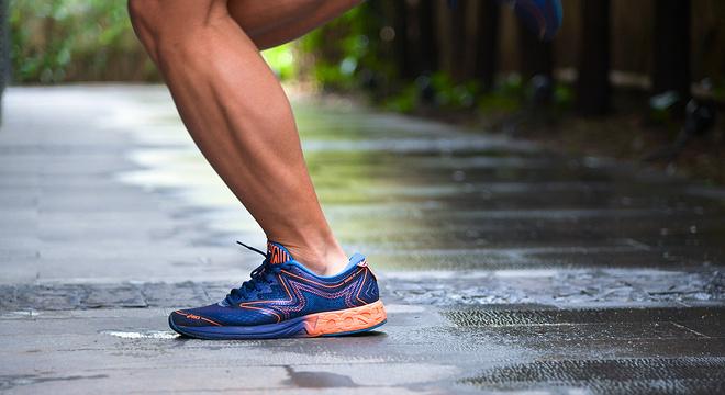 跑鞋 | 改头换面的训练帮手 Asics Noosa FF评测