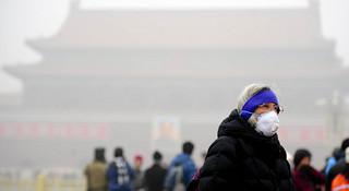 面对雾霾,我们还能愉快地跑步么?