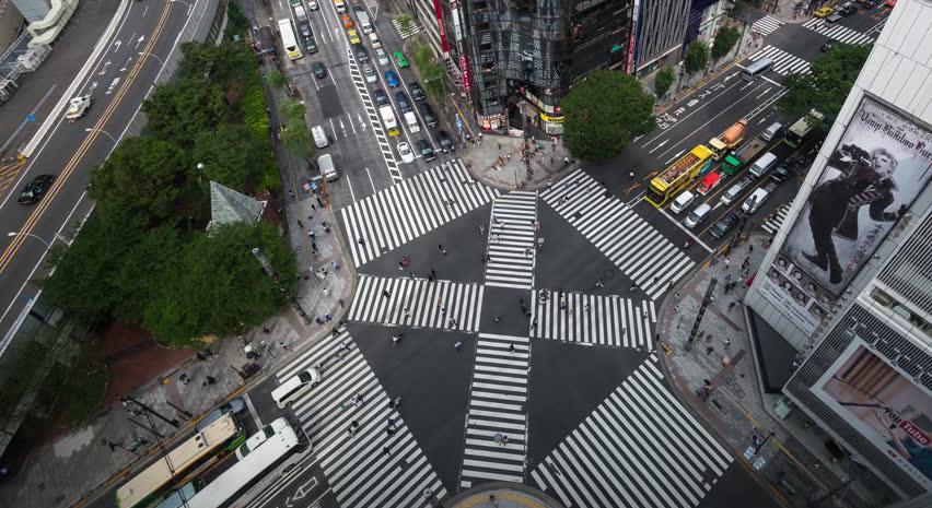 TopX | 备战世界上最好的马拉松 「一个人去跑步」丈量东京