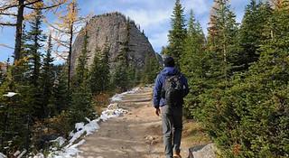 探访班夫国家公园 徒步落基山脉