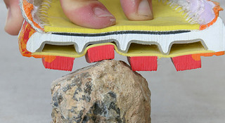 跑鞋黑科技(五):揭开中底减震技术的神秘面纱