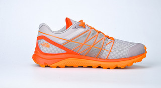 跑鞋 | The North Face Ultra Vertical 技术地形优选