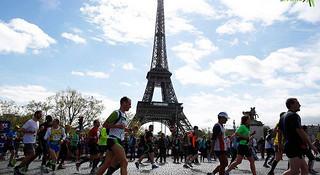 马拉松城纪 | 巴黎马拉松,从热爱到相爱
