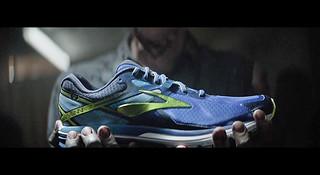 号外!股神巴菲特的跑鞋 Brooks 要来中国了