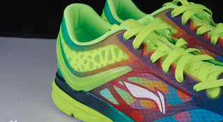 开箱 | 李宁超轻12代轻翼跑鞋的升级进化