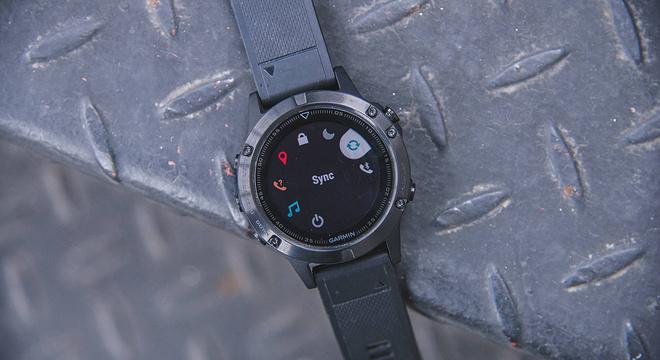 手表   钢铁之躯柔软之心 Garmin Fenix 5深度评测(一)