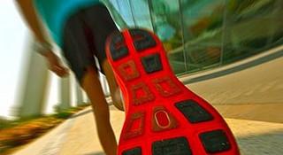 你的足底痛么?跑步足底痛防治方法