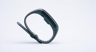 开箱 | Garmin Vivosmart HR,有着运动手表基因的智能手环