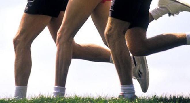 膝盖健康拉警报 你是这样跑步的吗?