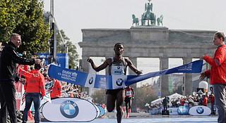 柏林马拉松 | 基普乔格当心,贝克勒来了!
