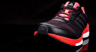 被驯服的引路者—adidas阿迪达斯Supernova Sequence Boost跑鞋开箱评测