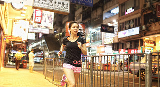 如果你跑得更快,那岁月就会离开得更慢—莫紫凌