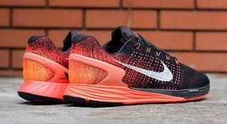 新品 | 鞋面大混搭,Nike Lunarglide 7 提前曝光
