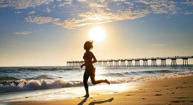 每月推荐   梅雨季节也要跑 爱燃烧七月跑步歌单