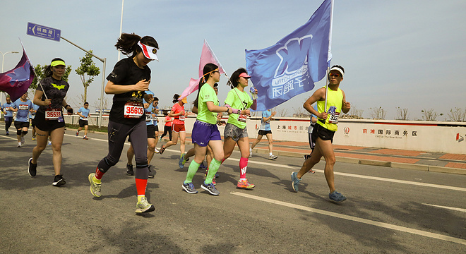 李宁10K路跑赛上海站 (约8K处,8:40-8:50)