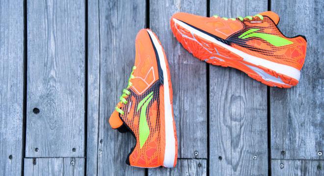 跑鞋 | 跑鞋与跑姿如何修成正果 李宁云马姿势跑法认证版跑鞋评测