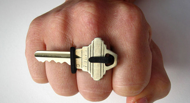 跑步钥匙放哪儿?—运动小装备推荐