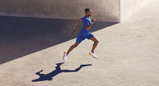 日新月异—Nike稳定跑鞋LunarGlide 6全新登场