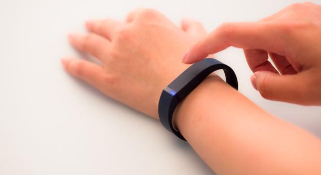 智能生活在路上—Fitbit Flex深度评测