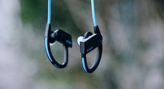 评测 | 无线耳机这个东西,好像怎么都和运动不搭