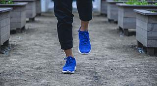 跑鞋 | 脚底加上弹簧脚背戴上枷锁 Nike LunarEpic Low Flyknit 2深度评测