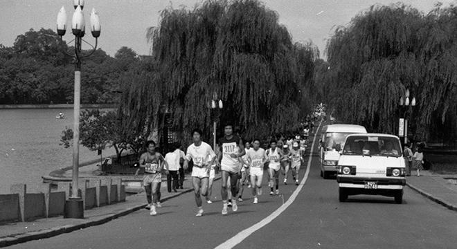 热点 | 而立之后 杭州马拉松的变与不变