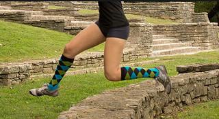 什么值得穿—海外跑者最爱的五款跑步袜
