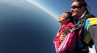 飞翔在黄金海岸—高空跳伞初体验