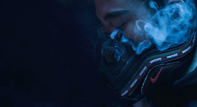 一周新鲜装备资讯   严冬雾霾天 跑步黑练你需要更好的装备