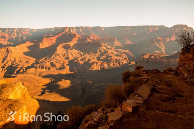 http://pic.iranshao.com/photo/image/f4af7a1ea0f6f857ffee06ef1baaf6cc.jpg!w660