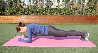 跑步轻松学 | 一个动作承包你的核心力量训练