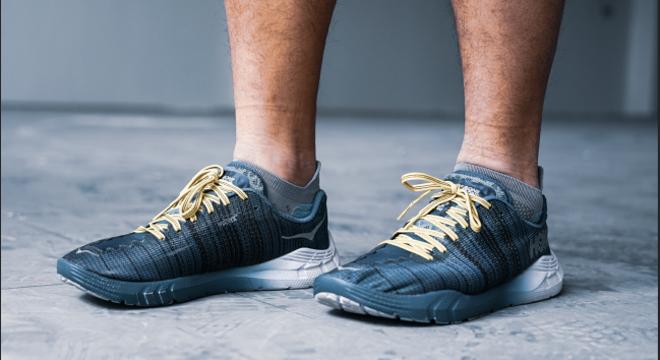 尖货Opinion   HOKA ONE ONE EVO Rehi 我们测评了一双全国都不上市的跑鞋!