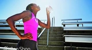 夏季跑步的补水原则