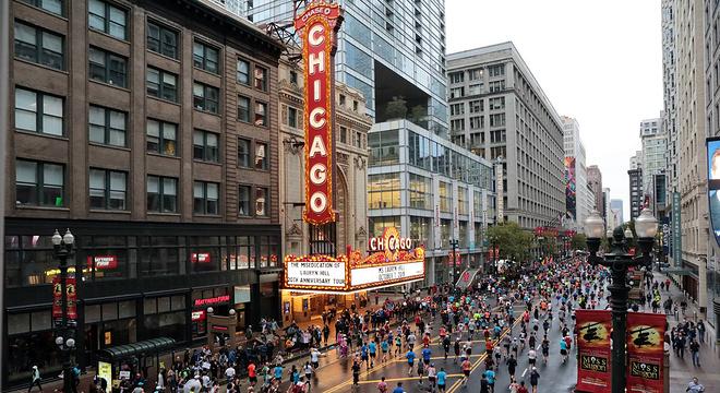 历史第七:芝加哥的神奇女侠 / 日本马拉松的胜利 / 贝克勒离世界纪录有多远?