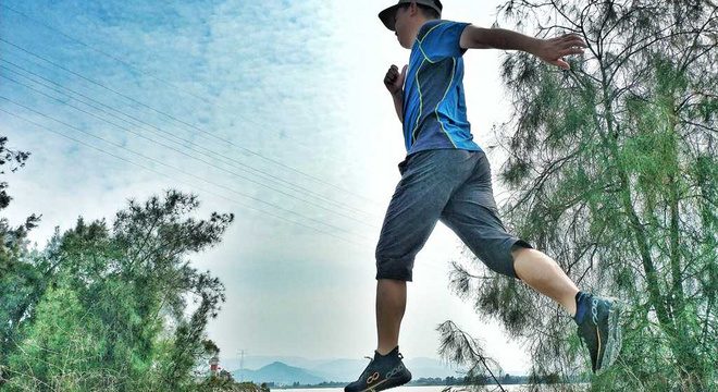 轻盈舒适--咕咚智能跑鞋10K(综训款)体验