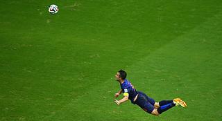 热点 | 世界杯来了 足球运动员在场上如何奔跑