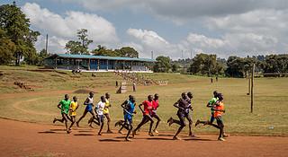 视频 | 揭秘肯尼亚长跑的秘密之地,伊藤