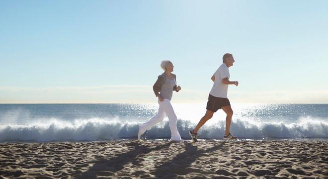 马拉松该不该拒绝老年人