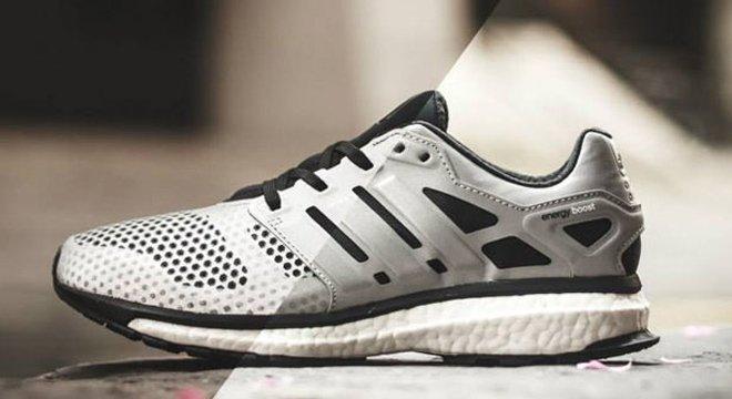 光与影的故事—adidas 推出Energy Boost Glow Zone 全反光夜光跑鞋