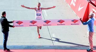 人物 | 芝加哥马拉松新科冠军Galen Rupp 白人也能跑
