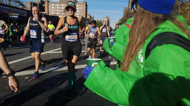 2018美国跑者调查:钟爱半马,高价报名费、水泡成公敌