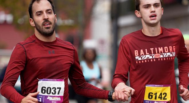 人物 | 患自闭症的他是如何达标波士顿马拉松的
