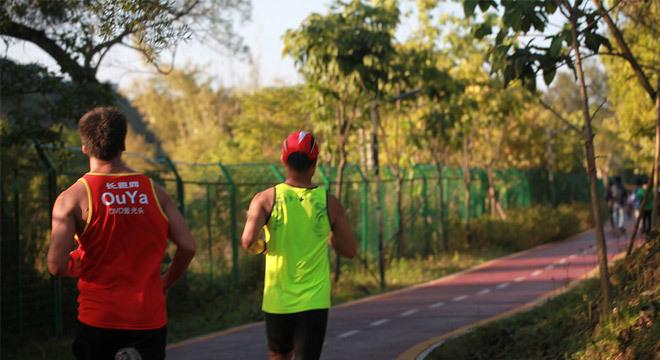 跑在深圳—最浪漫的事情是陪你跑到老