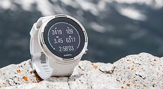 一周新鲜装备资讯 | 颂拓的新手表续航达120小时 优衣库或花300000000美元挖费德勒